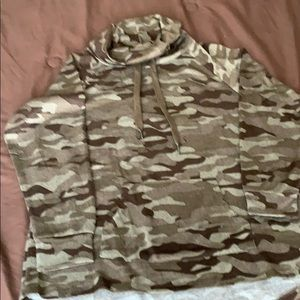 Women's camouflaged shirt